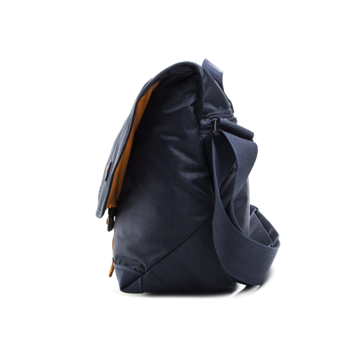 FD4000-004 - Crumpler The Flying Duck