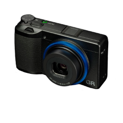 Ricoh GR III Camera KIT Black with GN-1 Blue Ring Cap