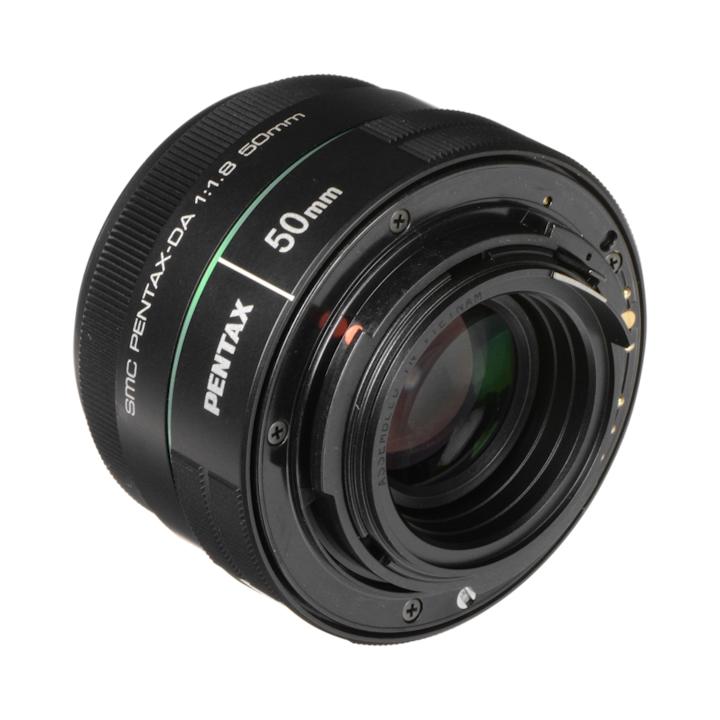 22177 - Pentax DA 50mm f/1.8 SMC
