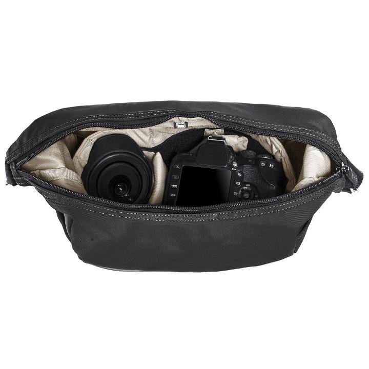 TRACHOB-0-01-001 - Crumpler Triple A Camera Hobo
